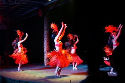 [グアム旅] オプショナルツアーで、BBQディナー&ショー 。