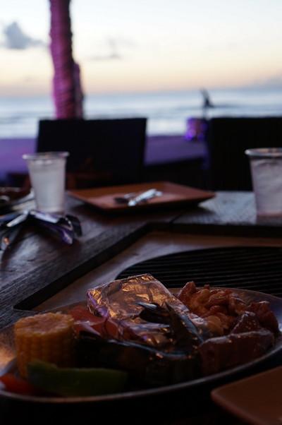ザ・ビーチ BBQディナー&ショー 10