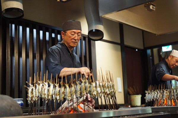 鮎料理専門店の特別なおもてなし{ 大人の遊び、33の富山旅。 }