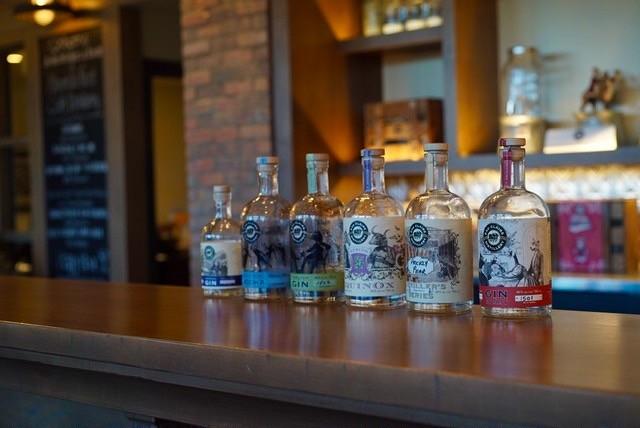 9. カナダ カルガリーから遠足 最高のクラフトGIN Eau Claire Distillery 工場見学