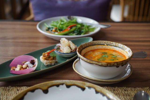 【バンコク2016】 古民家で頂く、絶品タイ料理「the Local」