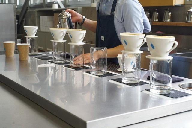 清澄白河を代表するカフェ、ブルーボトルコーヒー