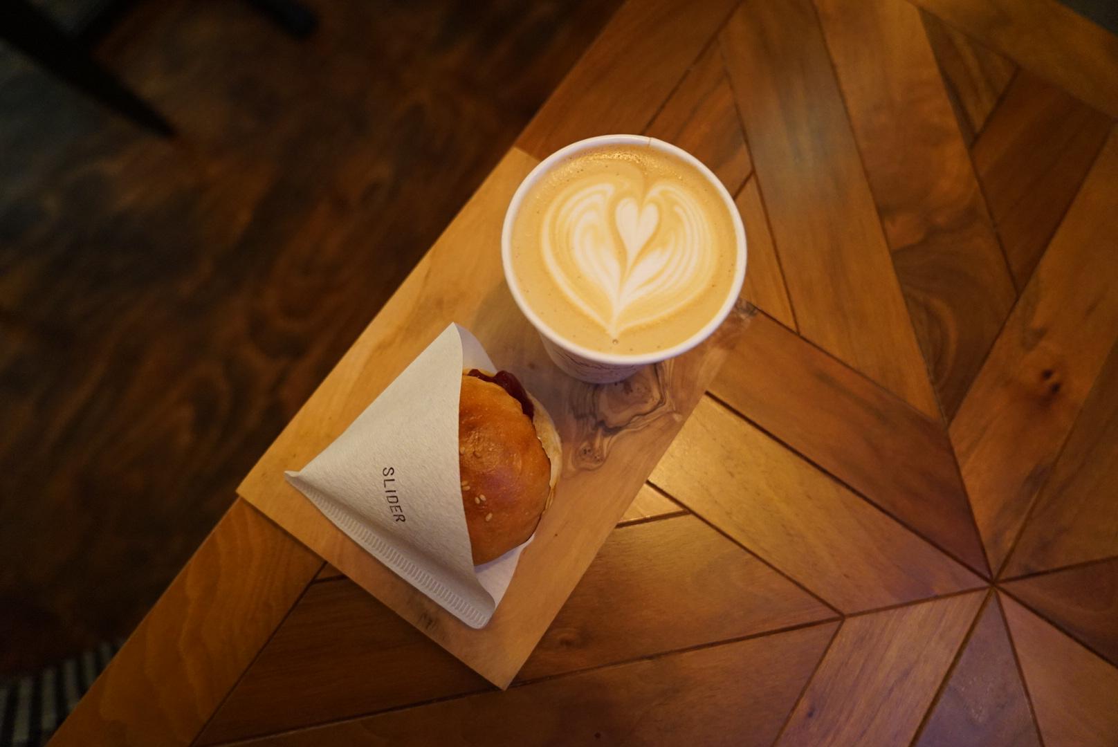蔵前 LEAVES COFFEE APARTMENT
