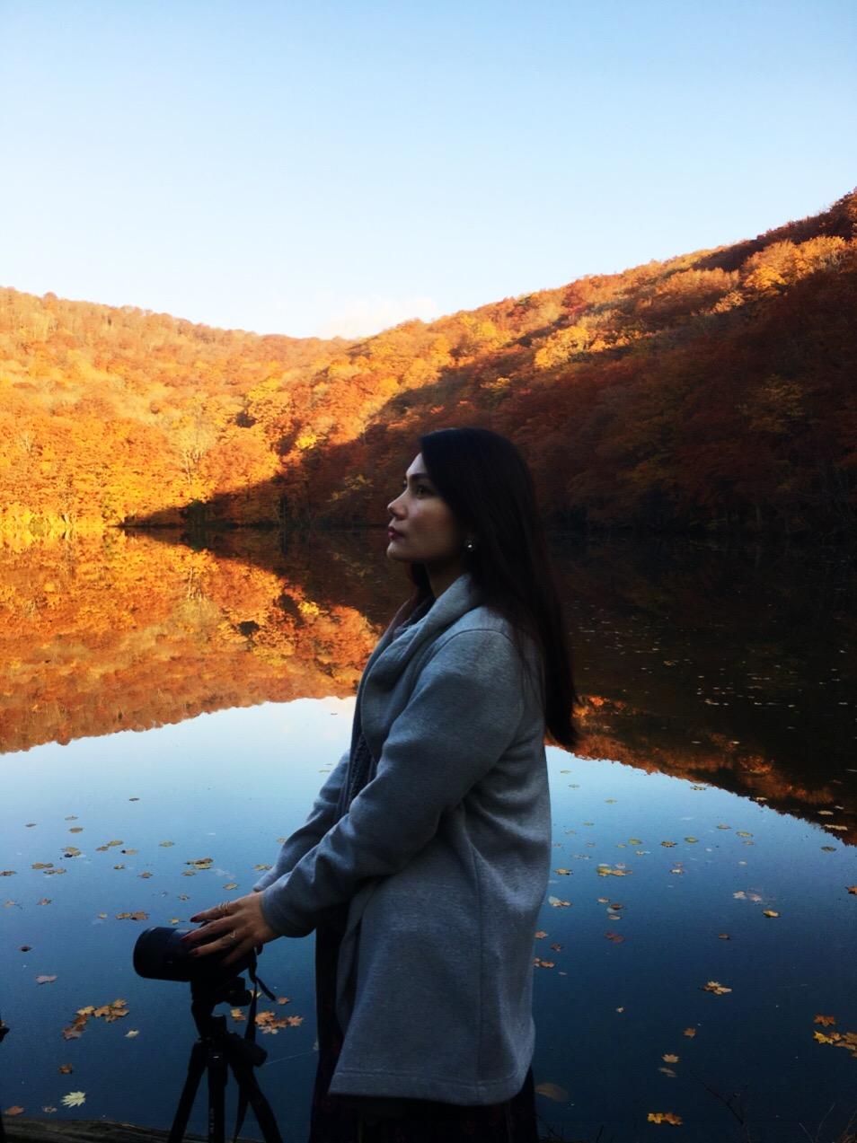 青森県 「蔦沼(つたぬま)」の紅葉はまるで魔法のような美しさ!